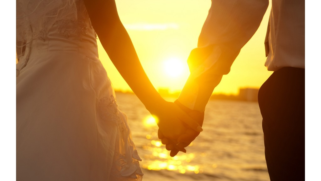 love-couple-holding-hands